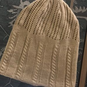 David and Young Cable Knit Tan Beanie NWOT
